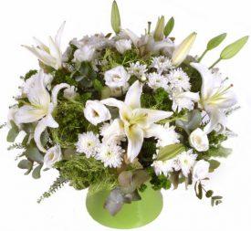 ניחוח פרחים לבנים