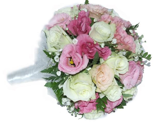 זר כלה המעוצב ורדים לבנים וליזיאנטוס ורוד