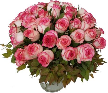 זר ורדים באגרטל