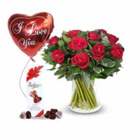 דיל רומנטי - זר פרחים שוקולד ובלון